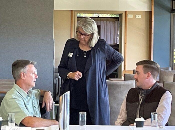 RDA NR Deputy Chair Sue Vinnecombe and business leaders